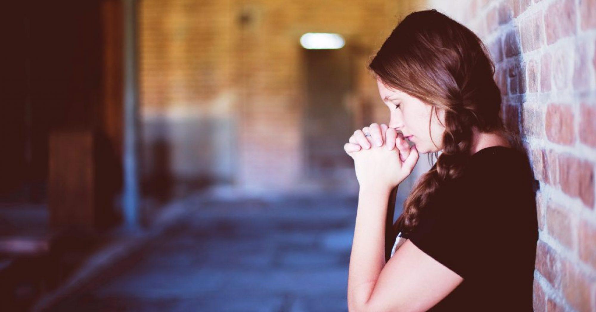 LOOKING TO JESUS THE SAVIOUR